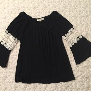 Little Girls Lady's World Flare-Sleeve Top